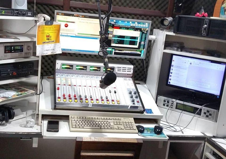 Ação de vândalos tira Rádio Queluz FM do ar